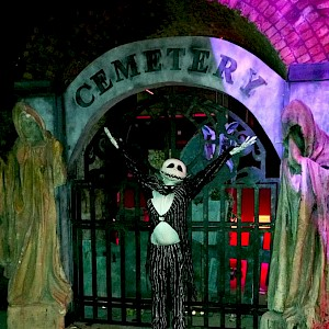 nightmare before christmas human statue hire uk