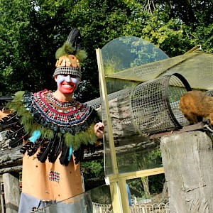zoo stilt walker hire uk