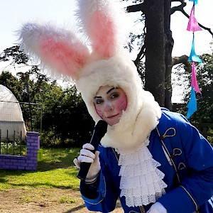 Alice in Wonderland themed entertainment