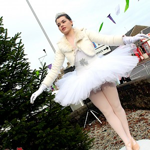 wind-up clockwork ballerina hire uk