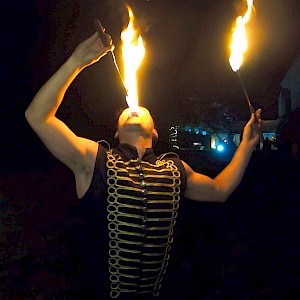 london circus fire eater