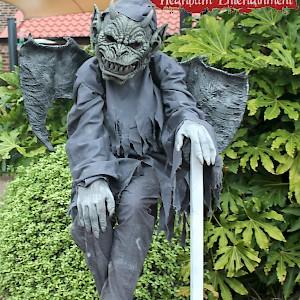 gargoyle human statue uk