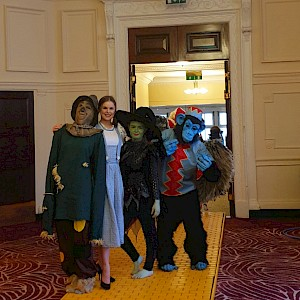 hire wizard of oz entertainers uk