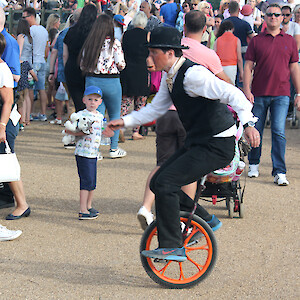 unicycleist act uk