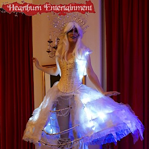 winter wonderland stilt walker hire uk