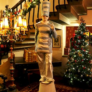 winter wonderland human statue hire uk