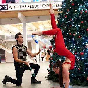 hand balancing performer hire uk