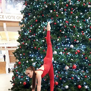 hire contortionist hire uk