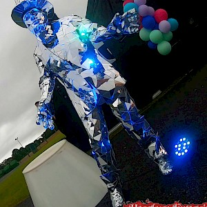 hire mirrormen dance uk